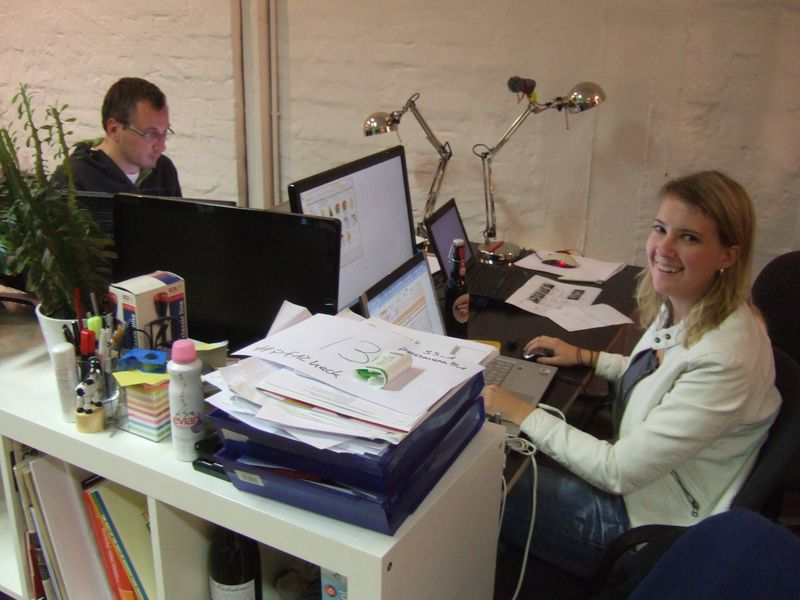 Photo of Wieland Kloimstein and Carmen Häusl at work